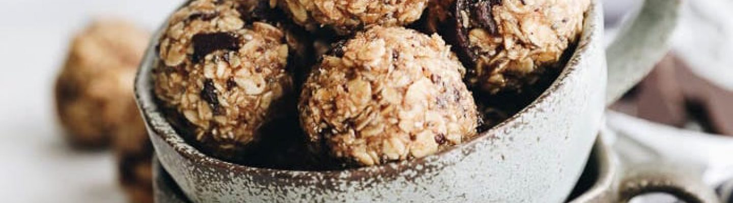 energy balls with peanut butter powerball
